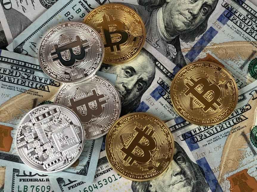 Bitcoin: ¿se parece más a la crisis de los tulipanes o la delinternet?